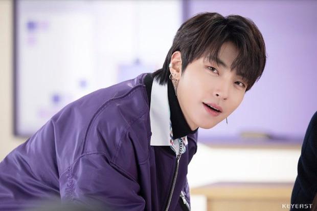 """5 sao nam Hàn Quốc ở 30 tuổi vẫn đóng vai sinh viên khiến fan nữ """"phát cuồng"""" - Ảnh 6."""
