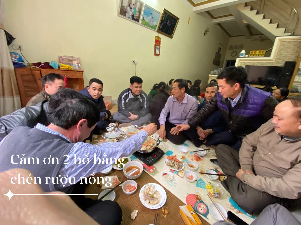 Xúc động hình ảnh cựu bác sĩ Hoàng Công Lương trở về từ trại giam đoàn tụ cùng gia đình - Ảnh 3.