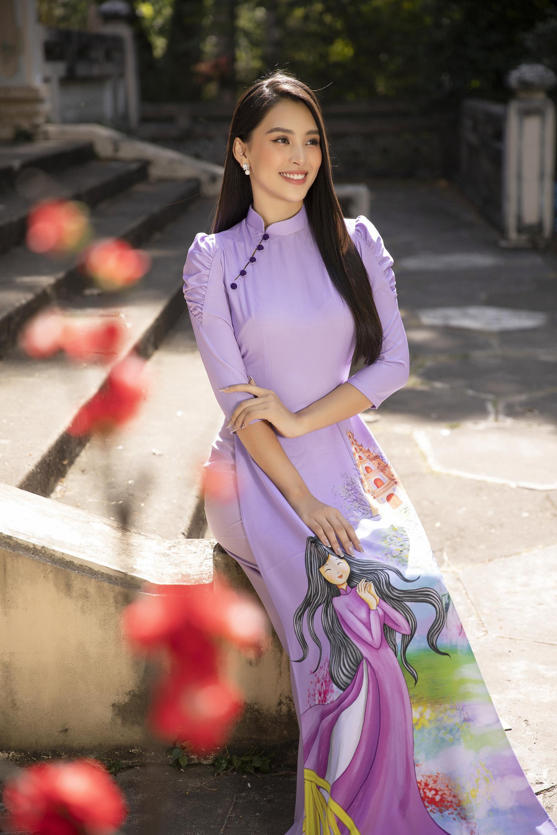 """""""Phát hờn"""" vì Trần Tiểu Vy mặc áo dài xinh đẹp xứng danh đại mỹ nhân cận Tết 2021  - Ảnh 5."""