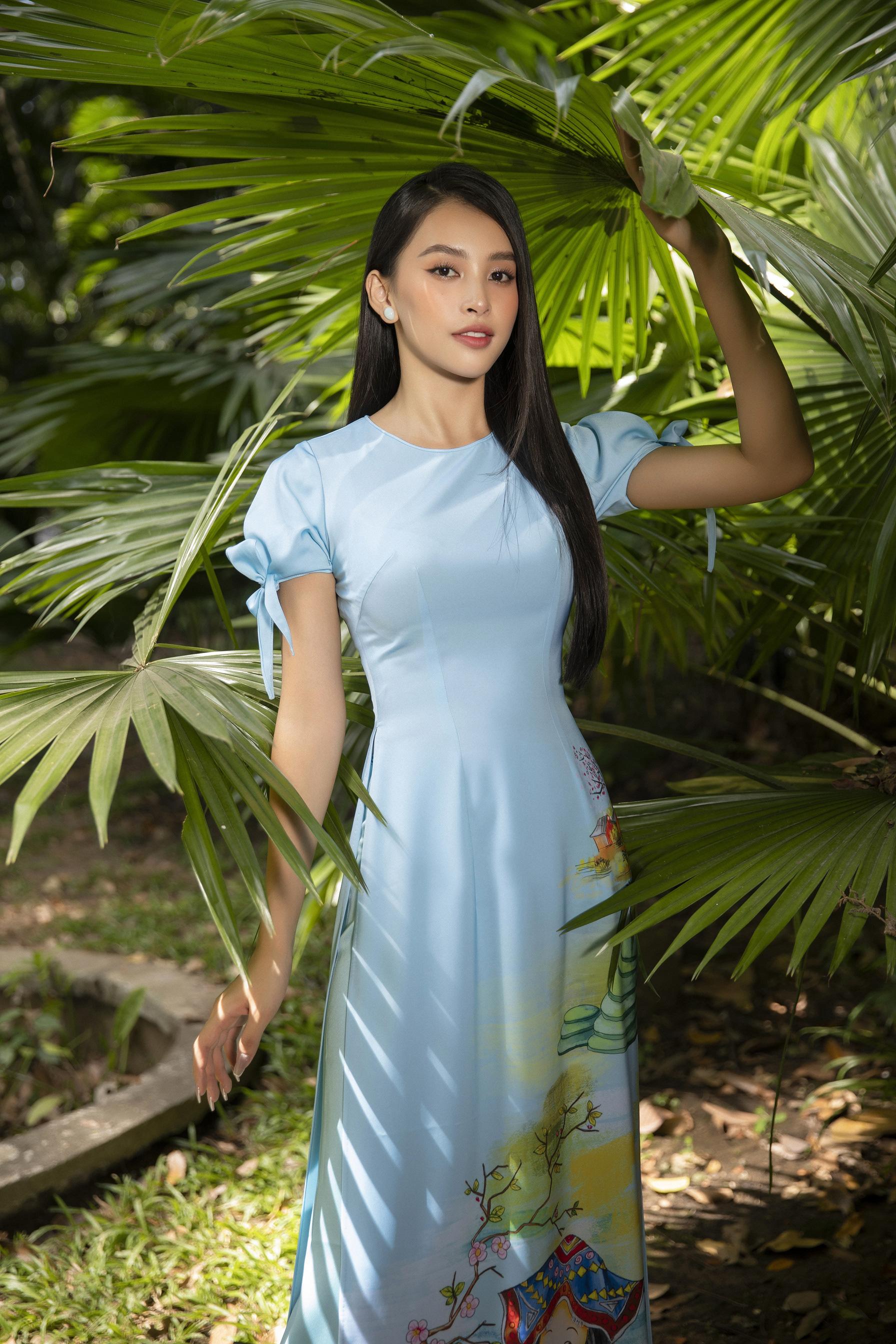 """""""Phát hờn"""" vì Trần Tiểu Vy mặc áo dài xinh đẹp xứng danh đại mỹ nhân cận Tết 2021  - Ảnh 7."""