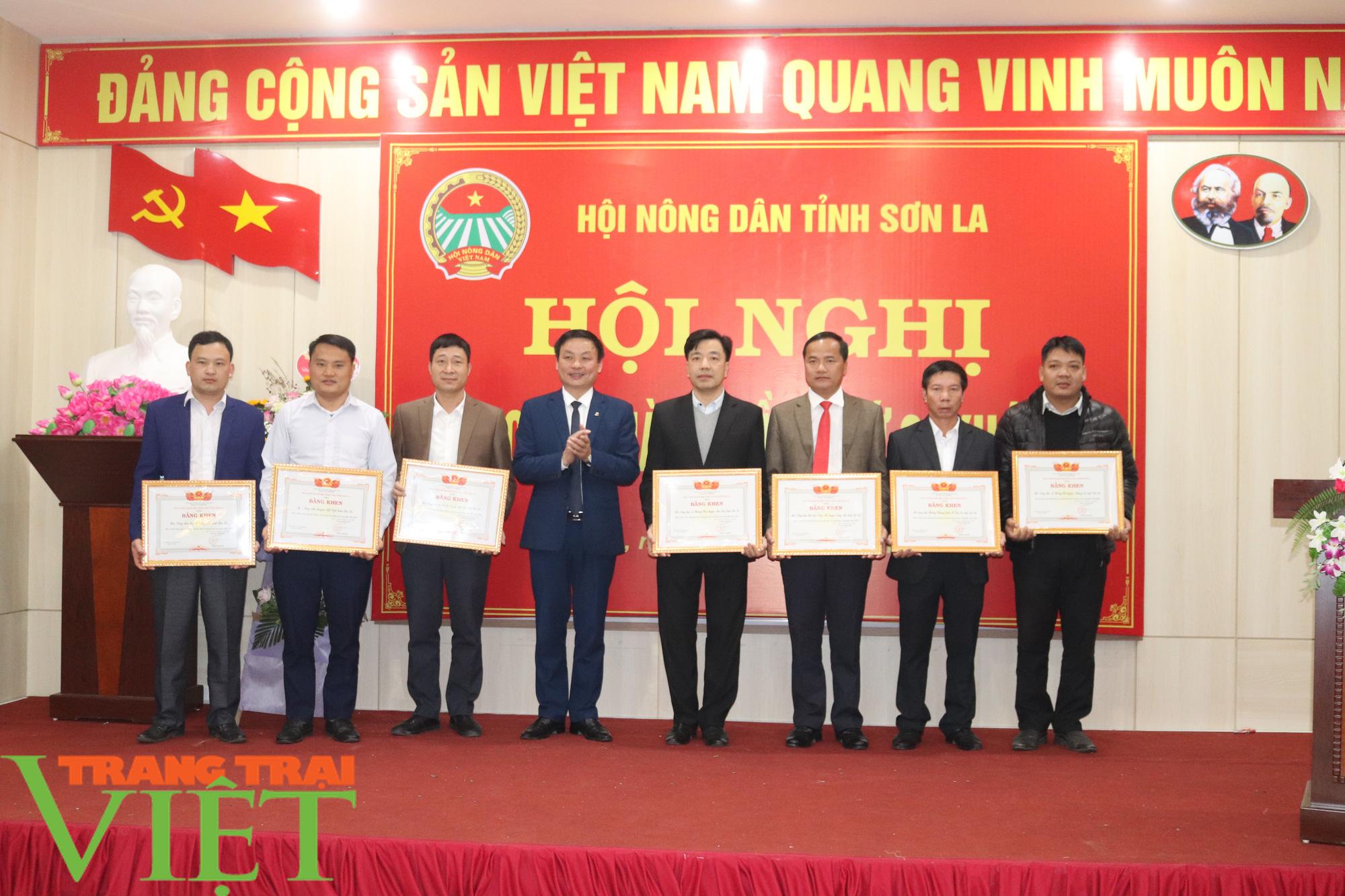 Hội Nông dân tỉnh Sơn La tổ chức Hội nghị Ban Chấp hành Hội Nông dân lần thứ 9, khoá IX - Ảnh 6.