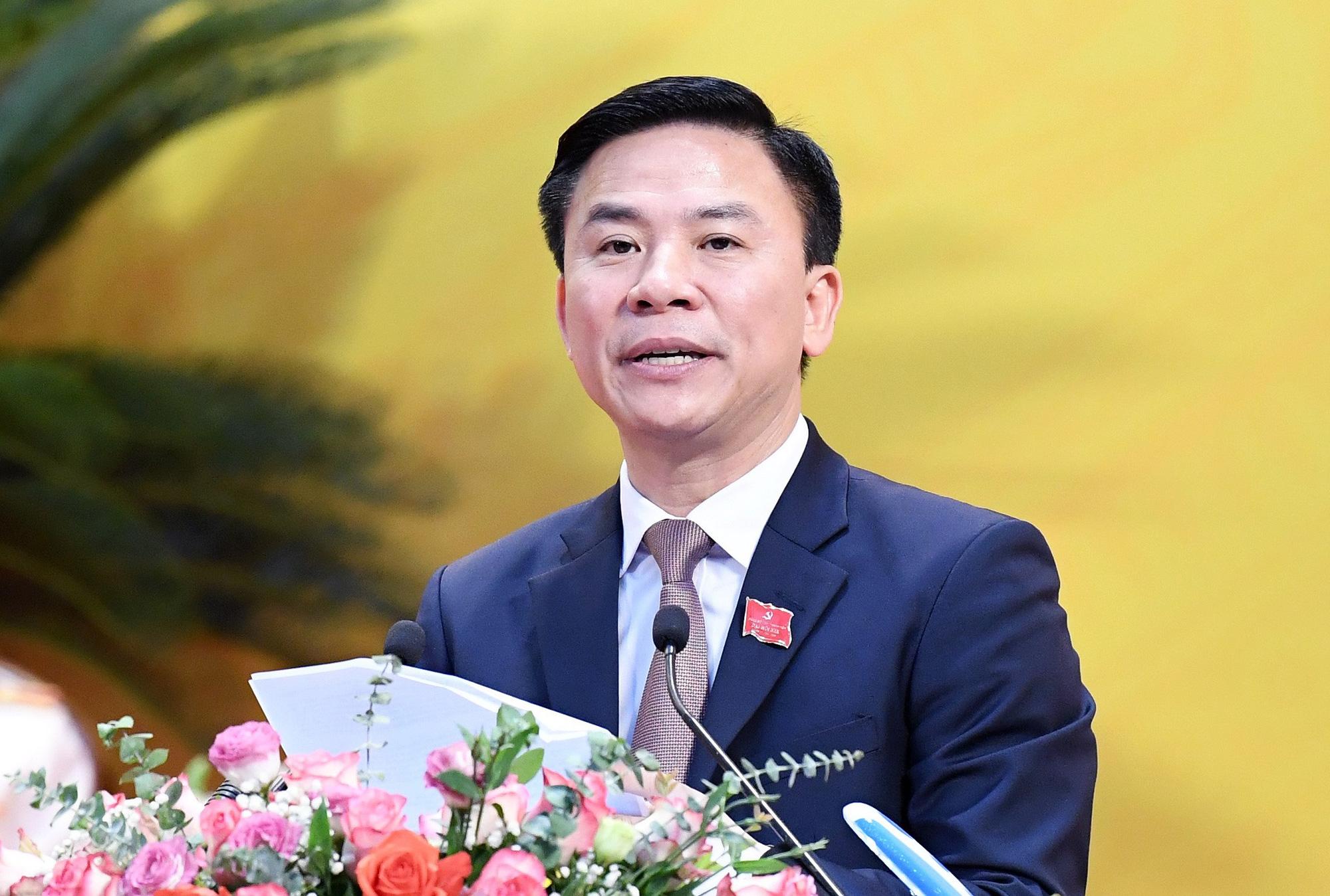 5 Bí thư Tỉnh ủy được phê chuẩn kết quả bầu giữ chức Chủ tịch HĐND tỉnh - Ảnh 5.