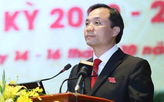 5 Bí thư Tỉnh ủy được phê chuẩn kết quả bầu giữ chức Chủ tịch HĐND tỉnh - Ảnh 2.