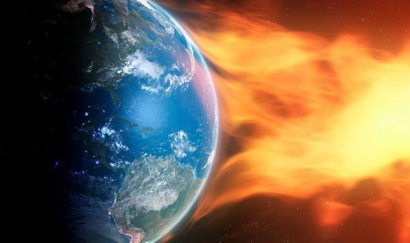 Bão Mặt trời đang hướng thẳng đến Trái đất với vận tốc 1,8 triệu km/giờ - Ảnh 2.