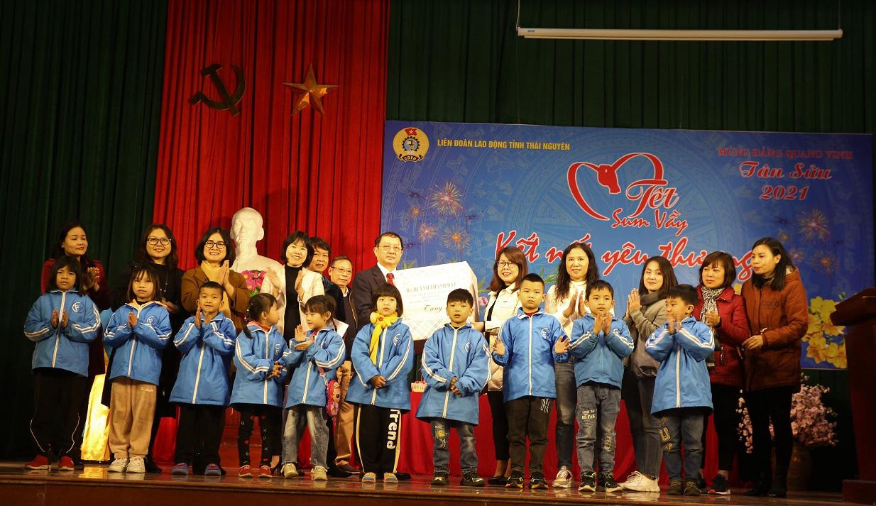 Bộ trưởng Bộ Khoa học và Công nghệ làm việc tại tỉnh Thái Nguyên - Ảnh 9.