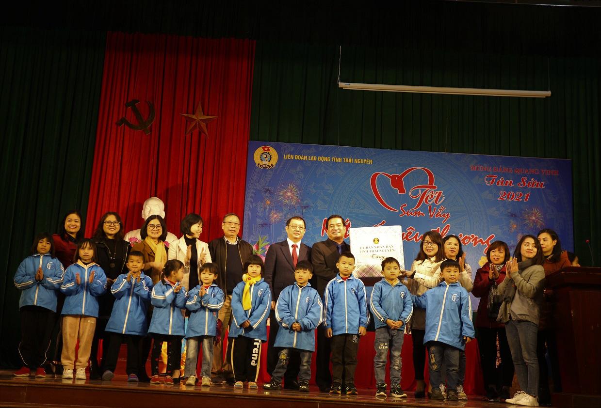 Bộ trưởng Bộ Khoa học và Công nghệ làm việc tại tỉnh Thái Nguyên - Ảnh 8.