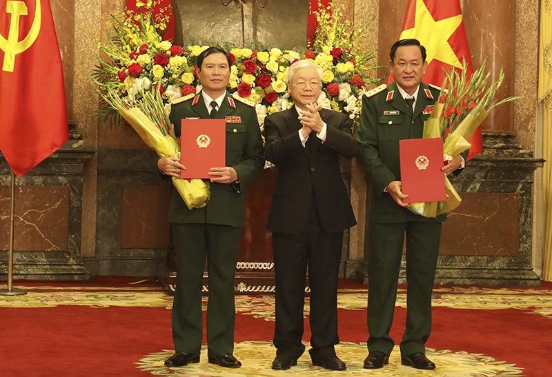 Tổng Bí thư, Chủ tịch nước thăng quân hàm Thượng tướng cho 2 Thứ trưởng Bộ Quốc phòng - Ảnh 1.