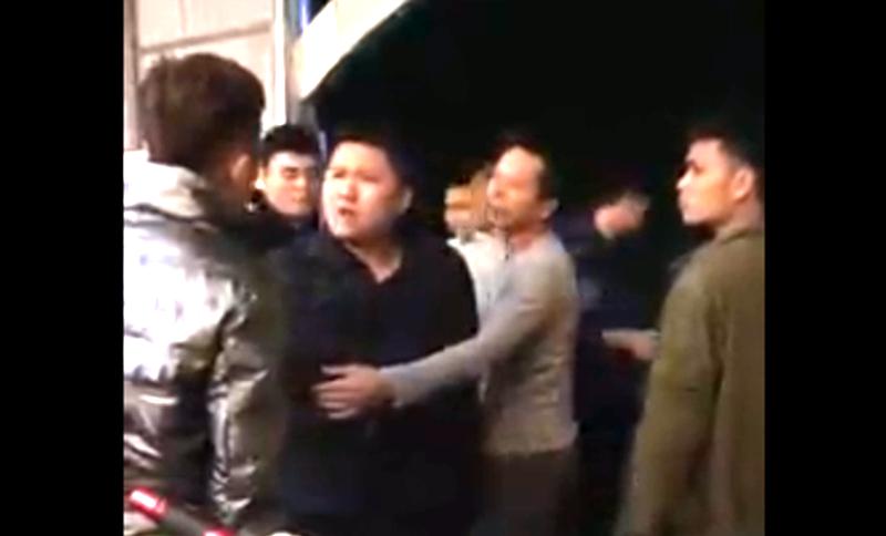 Công an tỉnh Thanh Hóa đang xác minh điều tra, vụ người dân tố một trung úy công an xã dọa bắn vỡ sọ - Ảnh 2.