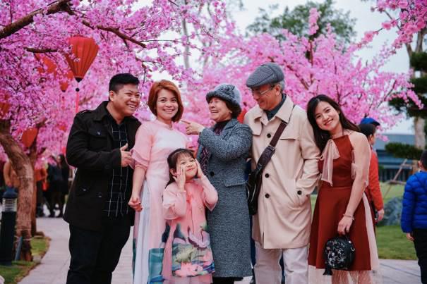 """""""Vi vu Tết châu Á"""" tưng bừng chào Xuân 2021 tại Vinhomes Smart City - Ảnh 3."""