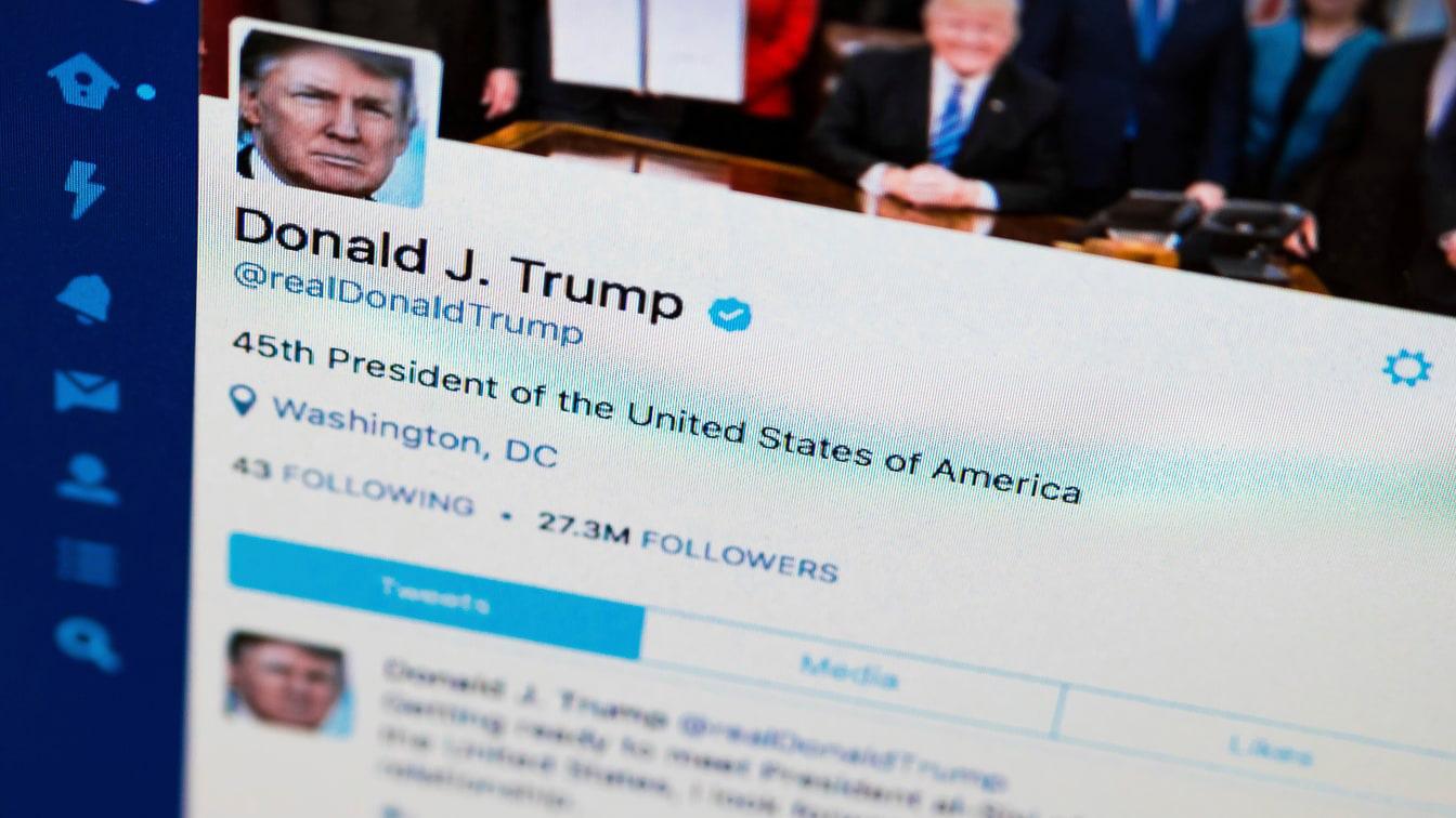 Facebook chưa buông tha ông Trump - Ảnh 1.