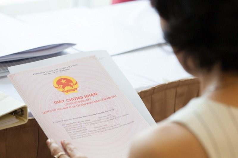 Thủ tục sang tên sổ đỏ nhanh tại Hà Nội năm 2021 - Ảnh 1.