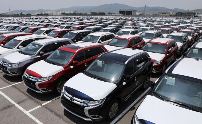 Hai tuần đầu 2021, nhập khẩu ô tô tăng giá trị gần 20 triệu USD - Ảnh 1.