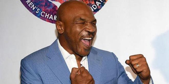"""Mike Tyson: Ngủ với 15 cô gái/ngày, """"đốt"""" 65 triệu USD vào ăn chơi - Ảnh 2."""
