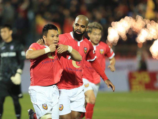 """Đối đầu với Lee Nguyễn, """"Ronaldo Việt Nam"""" hứa làm 1 điều - Ảnh 3."""