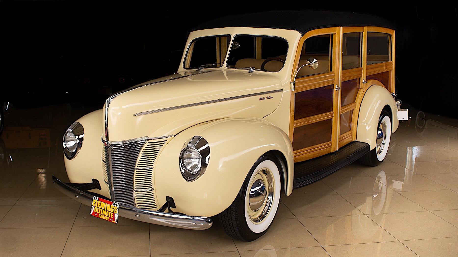 Ford De Luxe Woodie 1940 bản phục chế ốp gỗ với giá 101.000 USD - Ảnh 5.