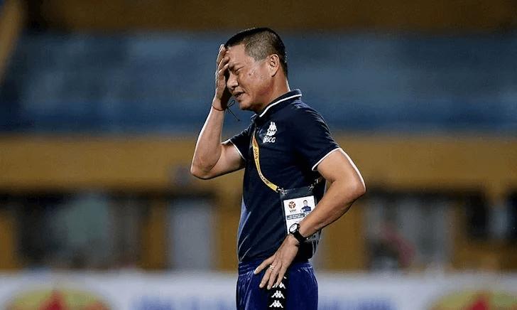 """Hà Nội FC thua liền 2 trận, HLV Chu Đình Nghiêm """"bay ghế""""? - Ảnh 1."""