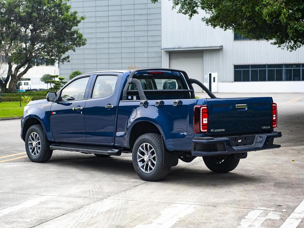 Ra mắt xe bán tải Trung Quốc Qingling to đẹp, giá cực sốc - Ảnh 4.