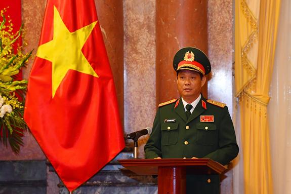 Quân đội có bao nhiêu Thượng tướng đương nhiệm sau khi 2 Thứ trưởng Bộ Quốc phòng được thăng quân hàm? - Ảnh 9.