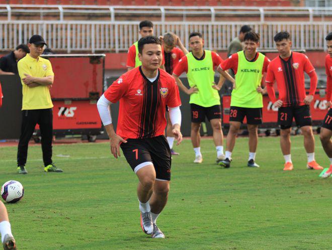 """Đối đầu với Lee Nguyễn, """"Ronaldo Việt Nam"""" hứa làm 1 điều - Ảnh 2."""