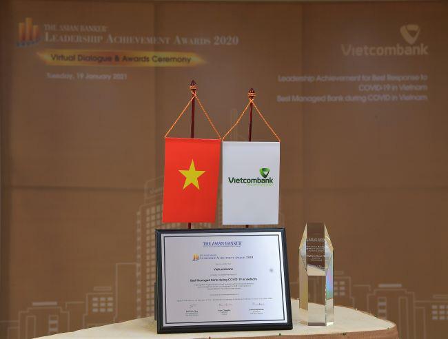 Đại dịch Covid-19: Vietcombank lãi lớn, ông Nghiêm Xuân Thành được vinh danh - Ảnh 3.