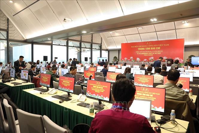 Gần 500 phóng viên, biên tập viên các cơ quan báo chí trực tiếp đưa tin Đại hội XIII của Đảng - Ảnh 6.