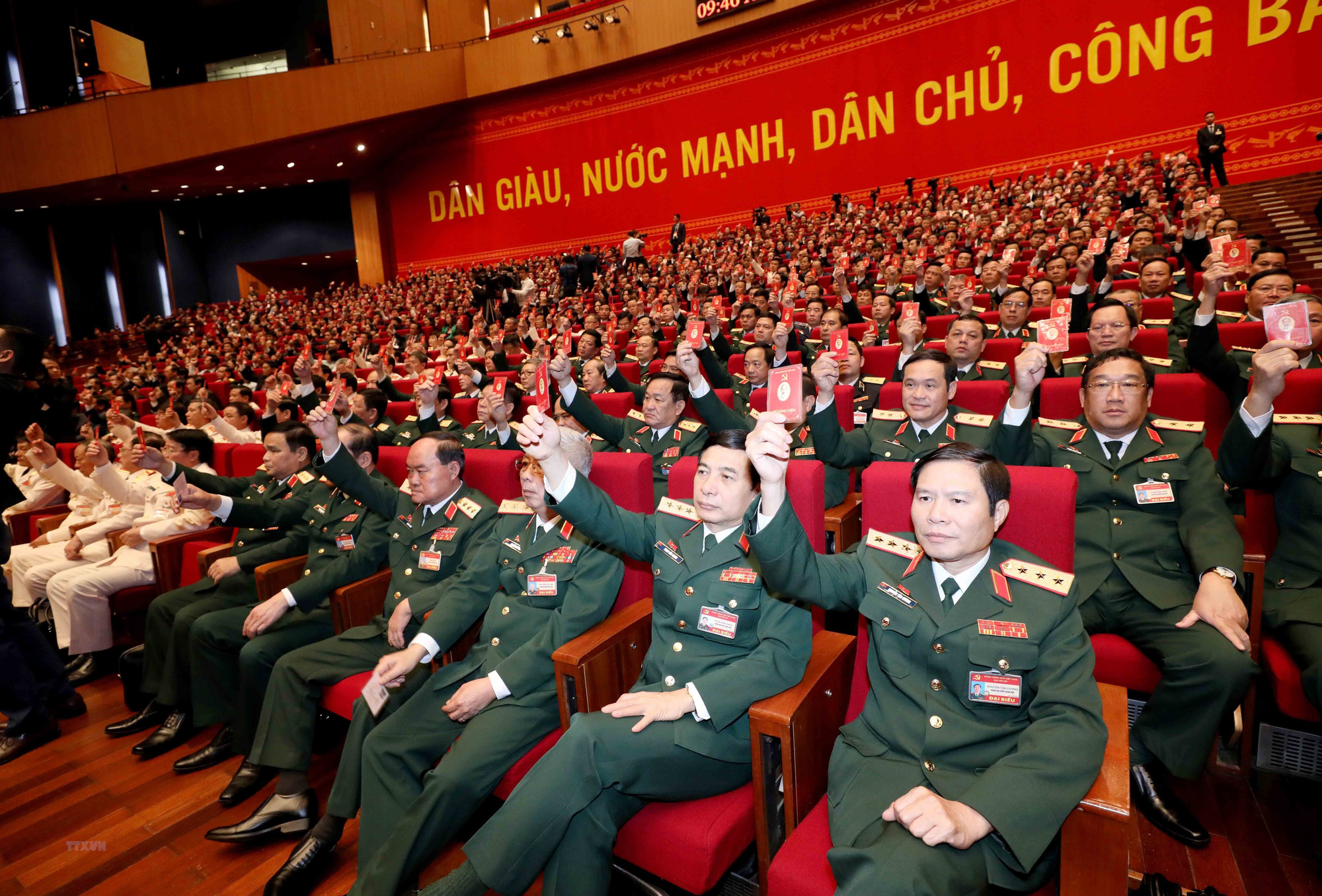 Toàn cảnh phiên trù bị Đại hội Đảng XIII - Ảnh 7.