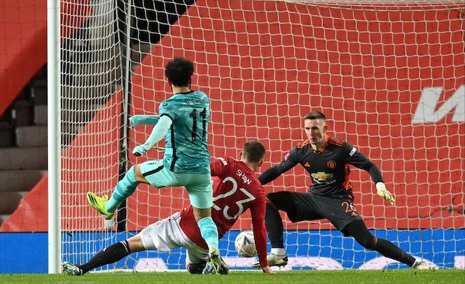 Highlight: Bruno Fernandes ghi siêu phẩm sút phạt, Man Utd đá văng Liverpool khỏi FA Cup - Ảnh 4.