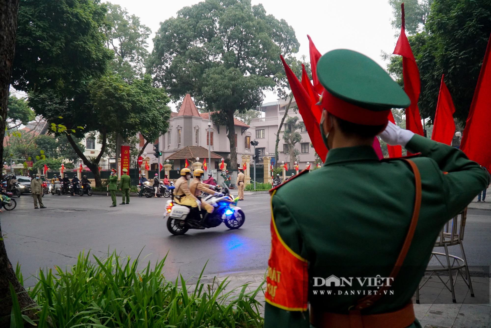 Hình ảnh đoàn xe đại biểu từ Lăng Bác về Trung tâm Hội nghị Quốc gia - Ảnh 9.