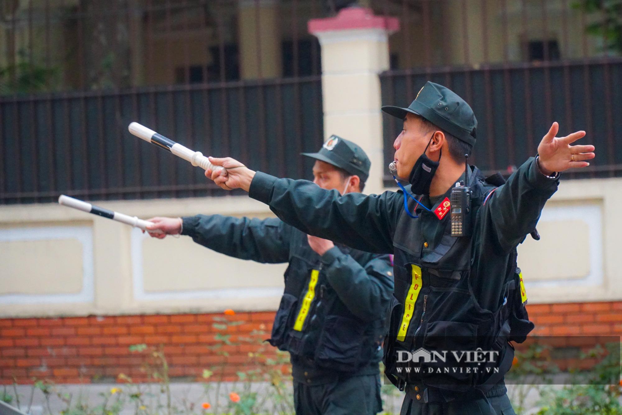 Hình ảnh đoàn xe đại biểu từ Lăng Bác về Trung tâm Hội nghị Quốc gia - Ảnh 7.