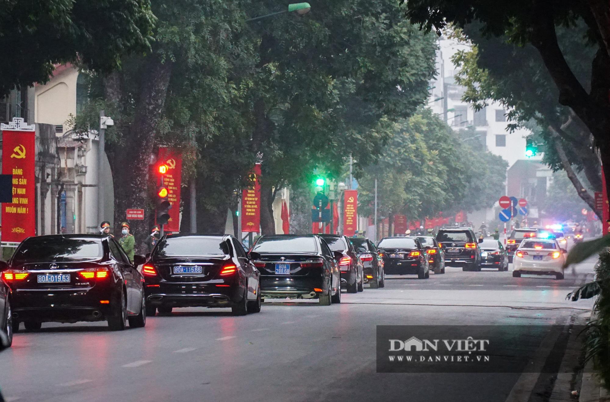 Hình ảnh đoàn xe đại biểu từ Lăng Bác về Trung tâm Hội nghị Quốc gia - Ảnh 11.