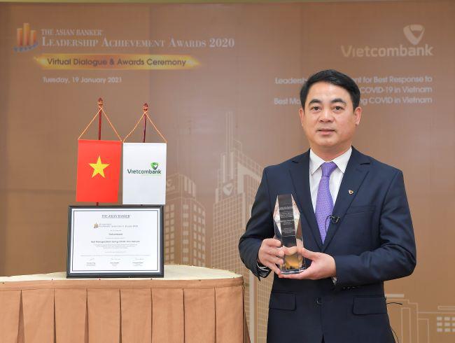 Đại dịch Covid-19: Vietcombank lãi lớn, ông Nghiêm Xuân Thành được vinh danh - Ảnh 1.