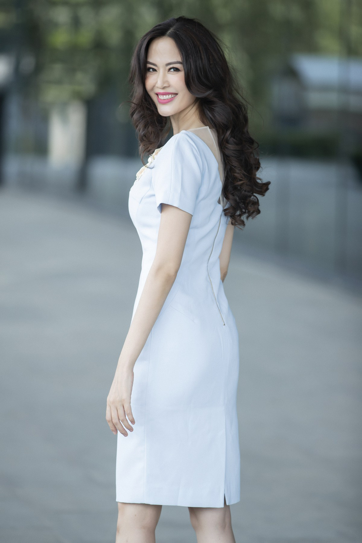 Cuộc đời truân chuyên của ba hoa hậu Việt sinh năm 1976 - Ảnh 5.