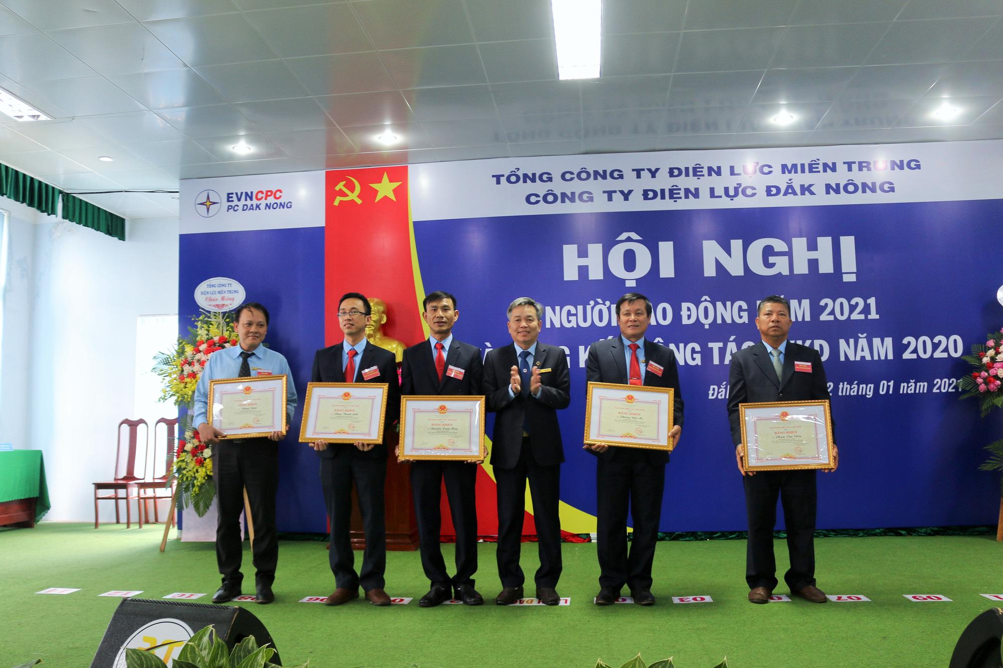 PC Đắk Nông: Hội nghị đại biểu Người lao động năm 2021 thành công tốt đẹp - Ảnh 4.