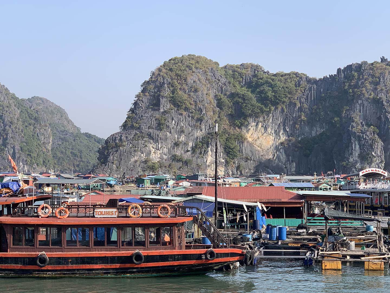 """Tour du lịch Tết: Vịnh Lan Hạ, Cát Bà - """"Thiên đường bị bỏ quên"""" - Ảnh 8."""