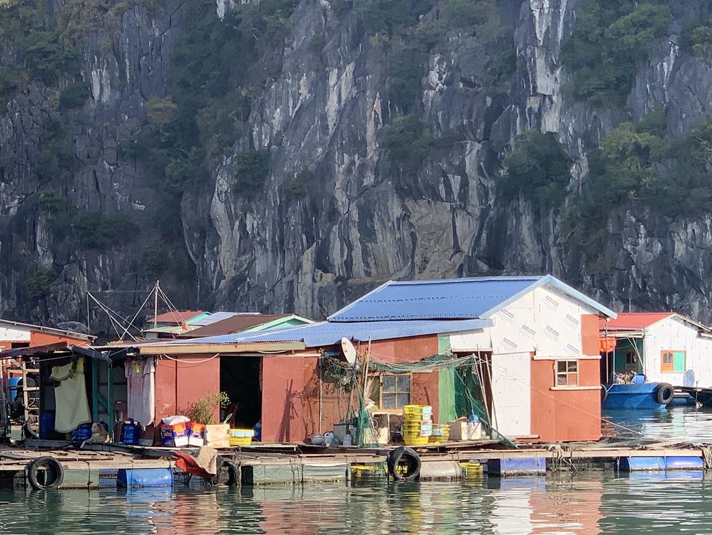 """Tour du lịch Tết: Vịnh Lan Hạ, Cát Bà - """"Thiên đường bị bỏ quên"""" - Ảnh 9."""