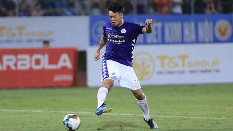 Bên cạnh kỹ năng đánh đầu, Thành Chung dứt điểm bằng chân cũng rất tốt.
