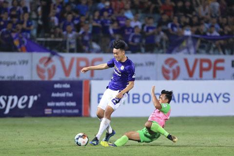 Trung vệ Nguyễn Thành Chung muốn được thi đấu tại K.League - Ảnh 3.