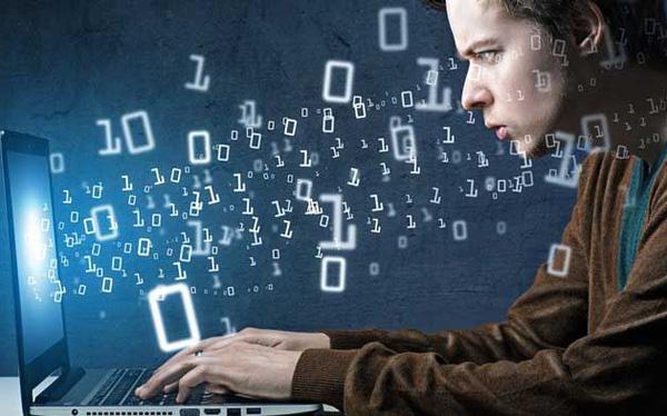 Dân lập trình kiếm tiền ngon ơ như thế nào: Sinh viên năm 3 ĐH Bách khoa Đà Nẵng viết 1 đoạn code trong 2 giờ, kiếm 1.000 USD sau 3 ngày - Ảnh 1.
