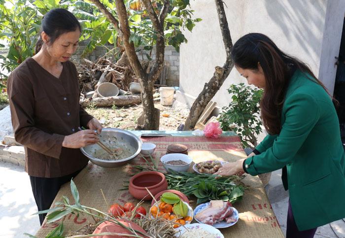 """Về làng này của tỉnh Hải Dương xem dân dùng tuyệt chiêu """"lên bổng xuống giọt"""" bắt con rươi, khiến khách gần xa tò mò - Ảnh 1."""