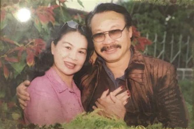 Ngưỡng mộ tình yêu 50 năm lãng mạn của ba mẹ diễn viên Lý Hùng - Ảnh 5.