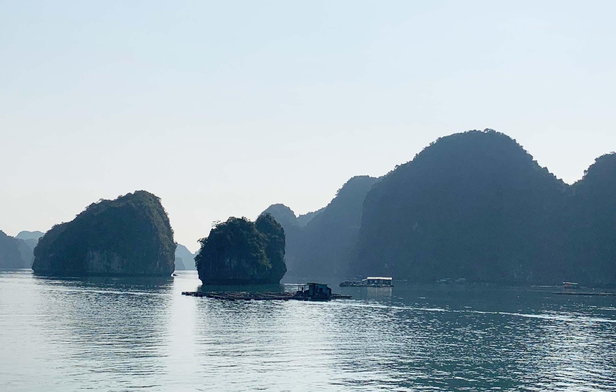 """Tour du lịch Tết: Vịnh Lan Hạ, Cát Bà - """"Thiên đường bị bỏ quên"""" - Ảnh 13."""