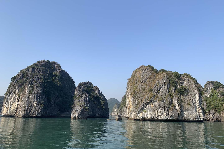 """Tour du lịch Tết: Vịnh Lan Hạ, Cát Bà - """"Thiên đường bị bỏ quên"""" - Ảnh 2."""