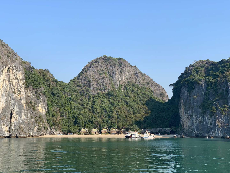 """Tour du lịch Tết: Vịnh Lan Hạ, Cát Bà - """"Thiên đường bị bỏ quên"""" - Ảnh 12."""