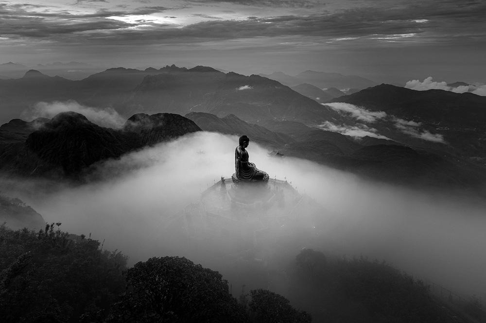 Loạt ảnh đen trắng của nhiếp ảnh gia Việt đạt giải quốc tế - Ảnh 1.