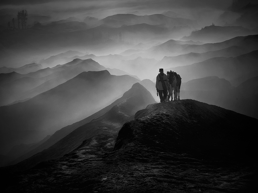 Loạt ảnh đen trắng của nhiếp ảnh gia Việt đạt giải quốc tế - Ảnh 10.