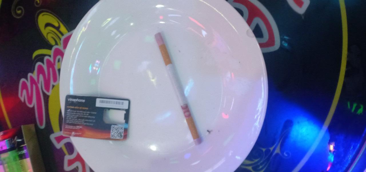 """Quảng Nam: Hai đôi nam nữ """"lên tiên"""" với ma túy ở quán Karaoke  - Ảnh 4."""