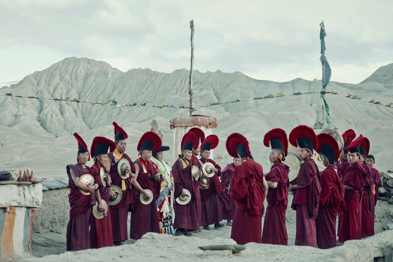 Lạ lùng bộ tộc có anh em một nhà lấy chung vợ ở Tây Tạng - Ảnh 6.