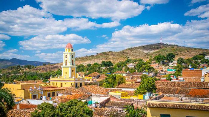Trải nghiệm vũ điệu Salsa tại thị trấn cổ Trinidad đẹp nhất Cuba - Ảnh 1.