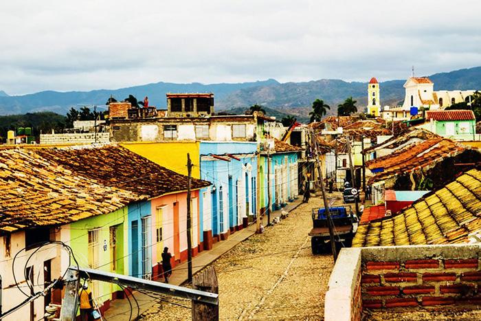 Trải nghiệm vũ điệu Salsa tại thị trấn cổ Trinidad đẹp nhất Cuba - Ảnh 2.