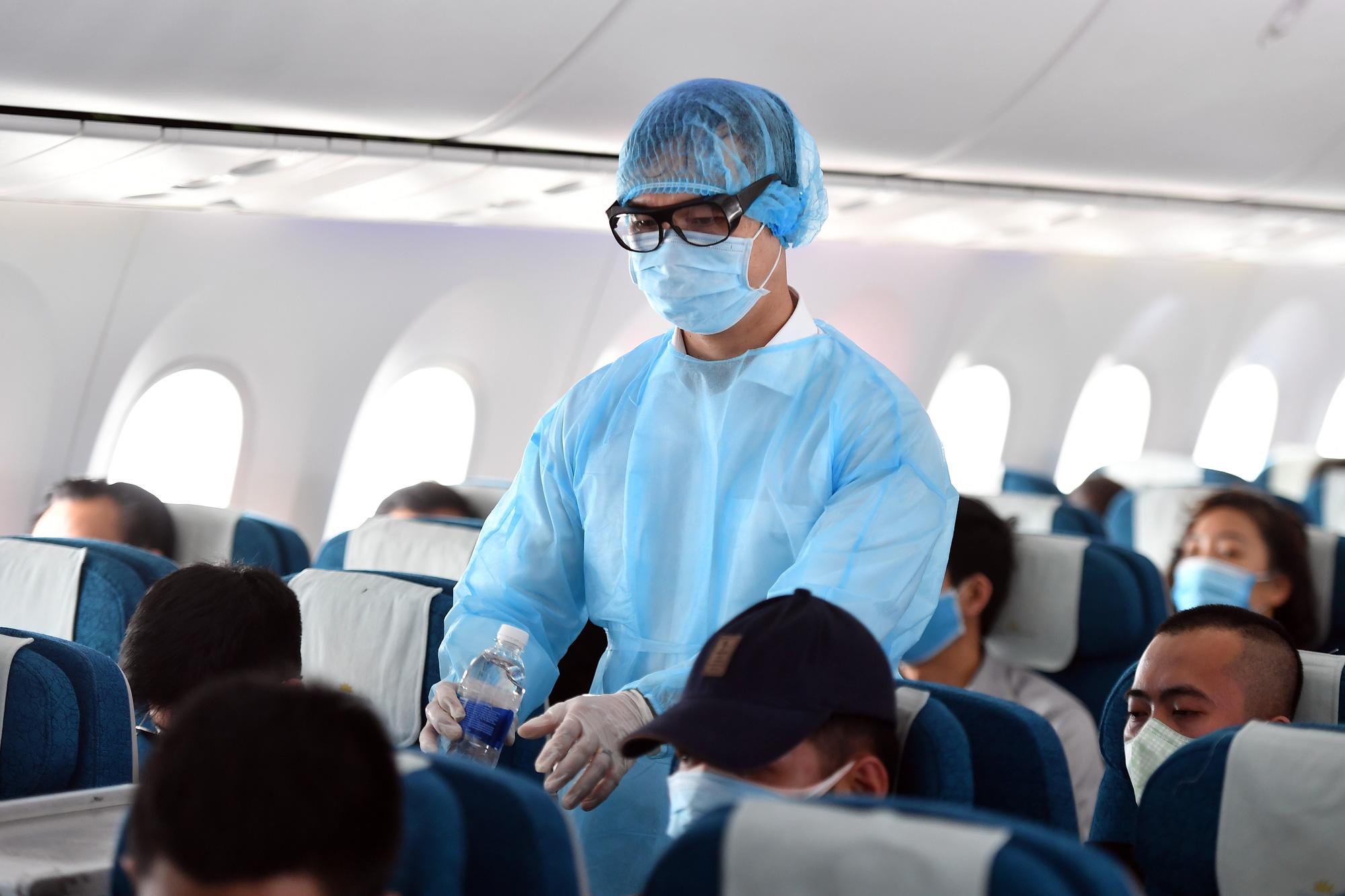 Vietnam Airlines, Bamboo Airways, Vietjet điều chỉnh chuyến bay tới Vân Đồn - Ảnh 1.